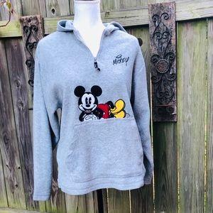 Disney Pullover Seeatshirt